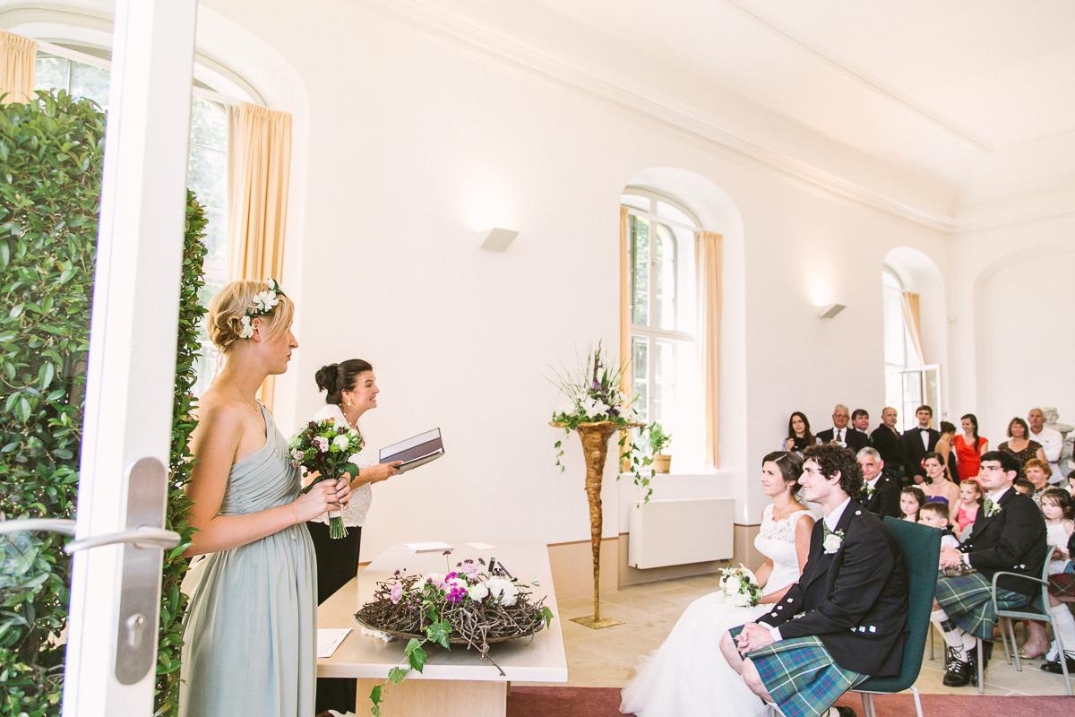 Deutsch_Schottische_Hochzeit_Dresden_Hochzeitsfotograf_Therese-Malten-Villa-20