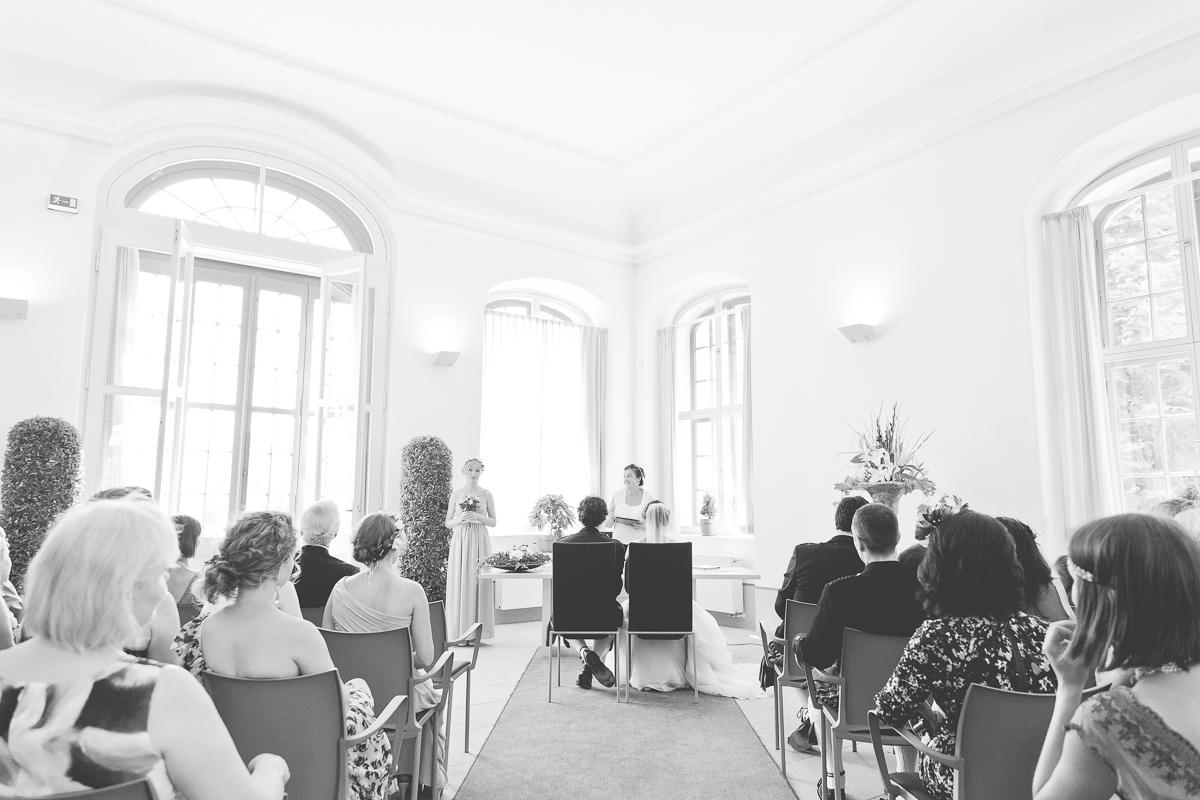 Deutsch_Schottische_Hochzeit_Dresden_Hochzeitsfotograf_Therese-Malten-Villa-21