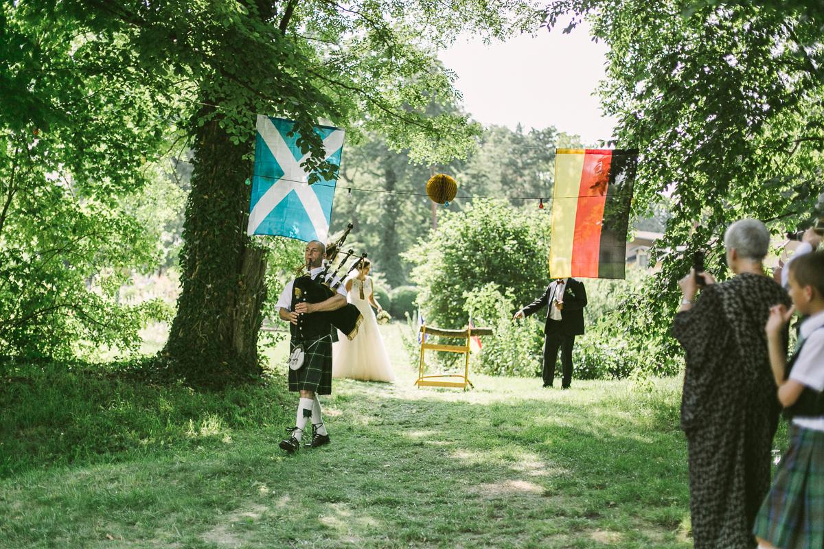 Deutsch_Schottische_Hochzeit_Dresden_Hochzeitsfotograf_Therese-Malten-Villa-70